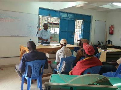Practical training with Isaac in Kenya